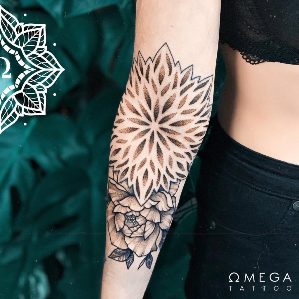 Dotworkmandala Tattoo