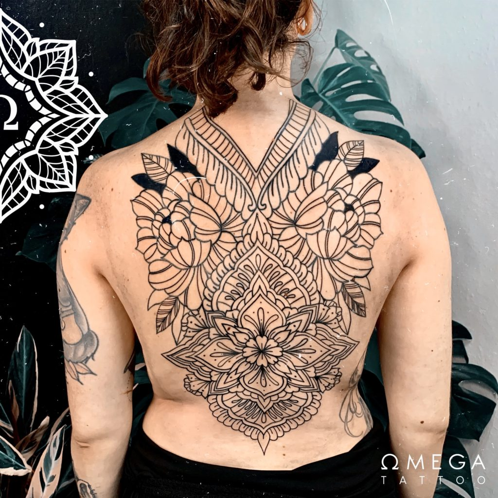 Ornamentales Backpiece