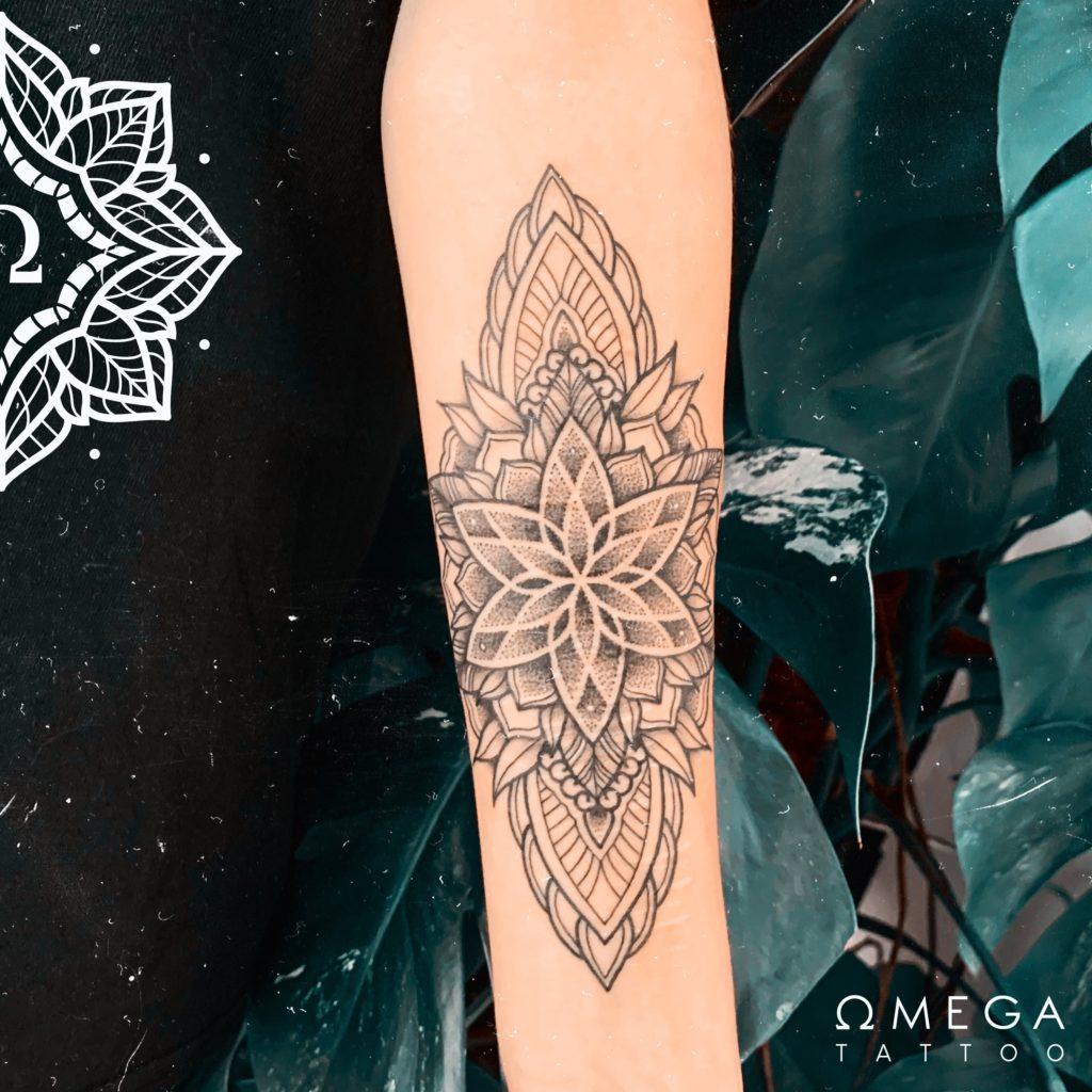 Mandala Tattoo Unterarm Narben
